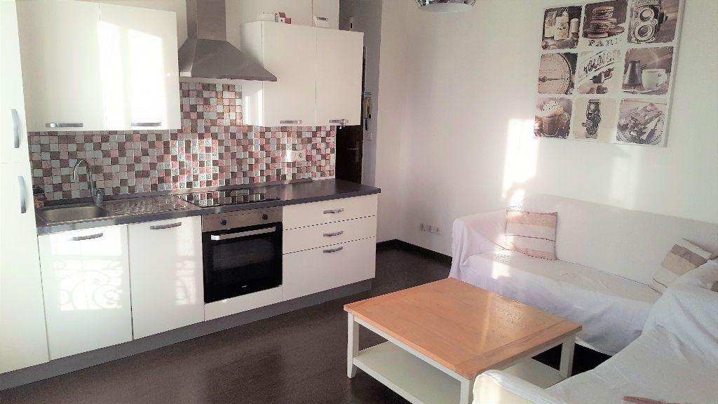 Appartement à louer 2 32.26m2 à Villemomble vignette-2