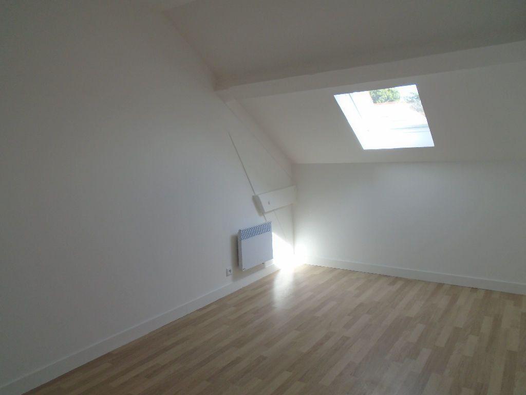 Appartement à louer 2 30m2 à Mitry-Mory vignette-2