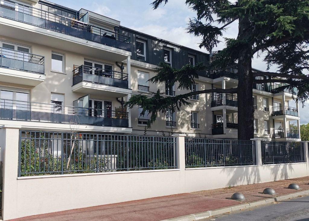 Appartement à louer 2 43.84m2 à Tremblay-en-France vignette-4