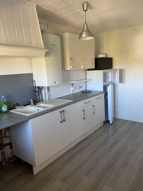 Appartement à louer 3 57m2 à Villepinte vignette-3