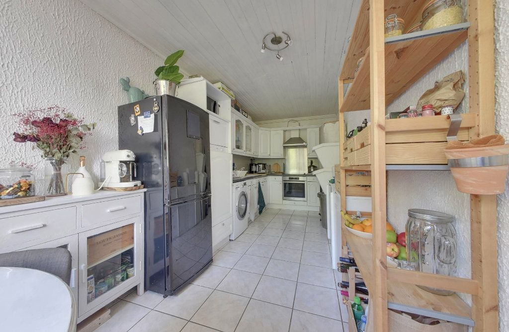 Appartement à vendre 3 69.67m2 à Tremblay-en-France vignette-3