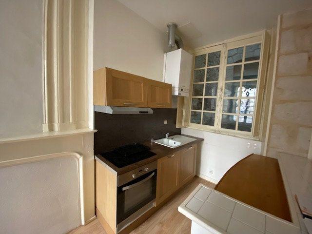 Appartement à louer 1 31m2 à Périgueux vignette-5