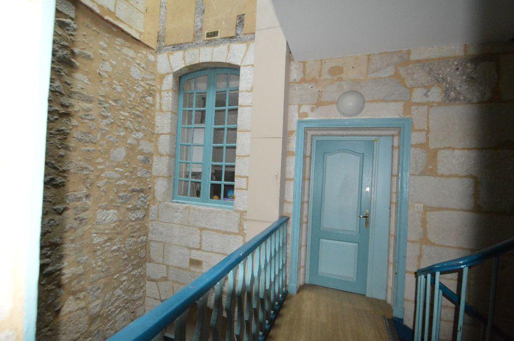 Appartement à louer 1 31m2 à Périgueux vignette-7