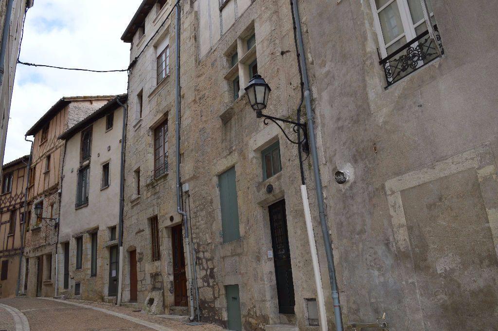 Appartement à louer 2 51m2 à Périgueux vignette-6