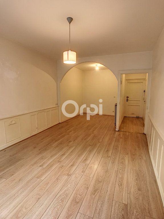 Appartement à louer 2 44m2 à Périgueux vignette-1