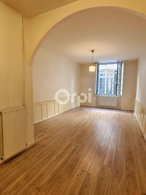 Appartement à louer 2 44m2 à Périgueux vignette-2