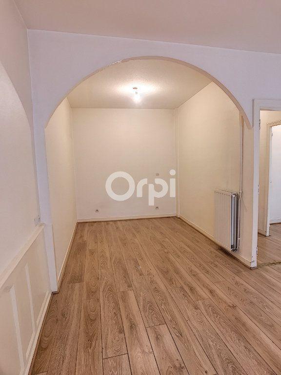 Appartement à louer 2 44m2 à Périgueux vignette-3