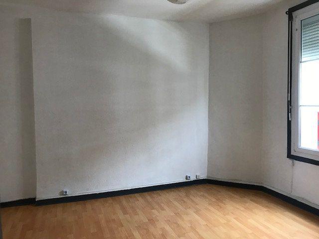 Appartement à louer 2 48m2 à Périgueux vignette-2