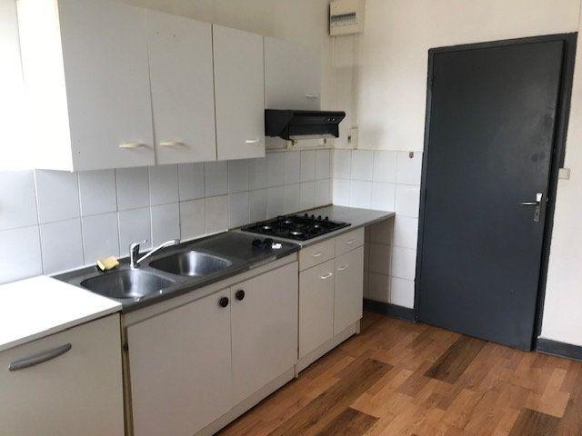 Appartement à louer 2 48m2 à Périgueux vignette-4