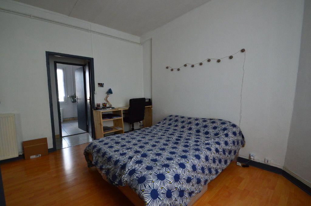 Appartement à louer 2 48m2 à Périgueux vignette-5