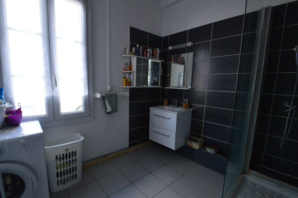 Appartement à louer 2 48m2 à Périgueux vignette-6