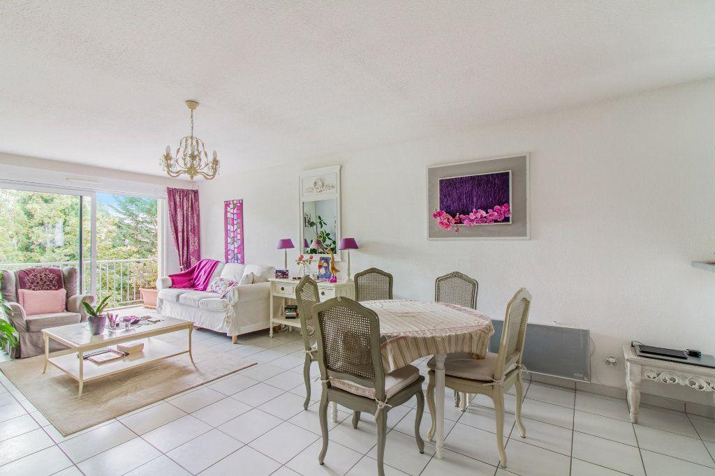 Appartement à vendre 5 108m2 à Périgueux vignette-2