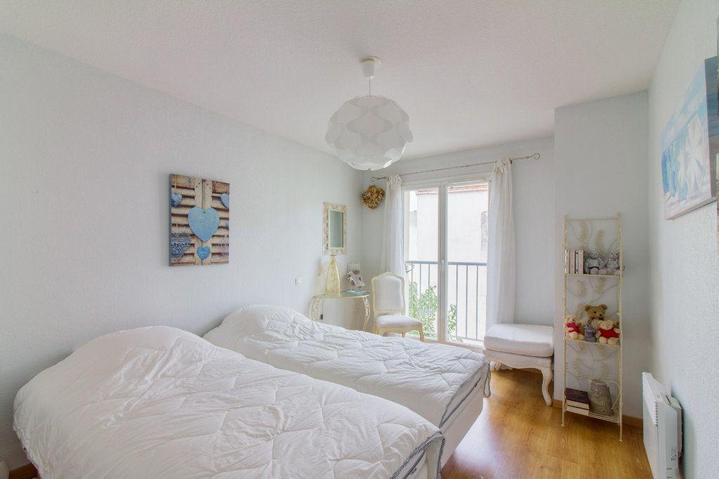 Appartement à vendre 5 108m2 à Périgueux vignette-7