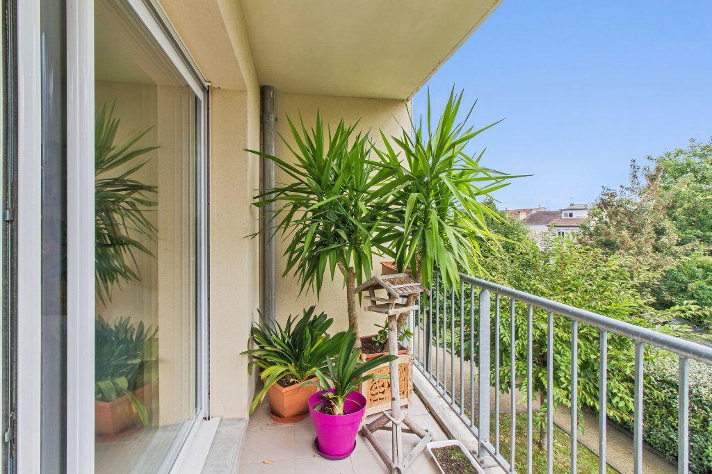 Appartement à vendre 5 108m2 à Périgueux vignette-8