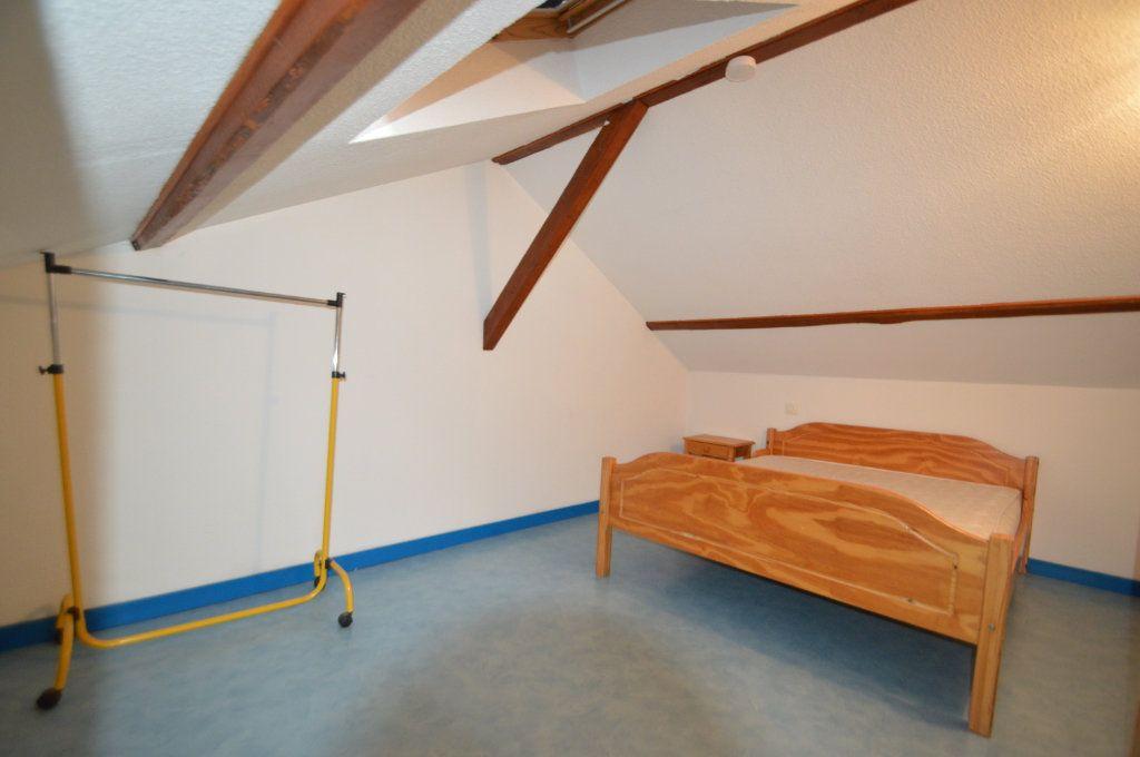 Appartement à louer 2 15.68m2 à Périgueux vignette-3