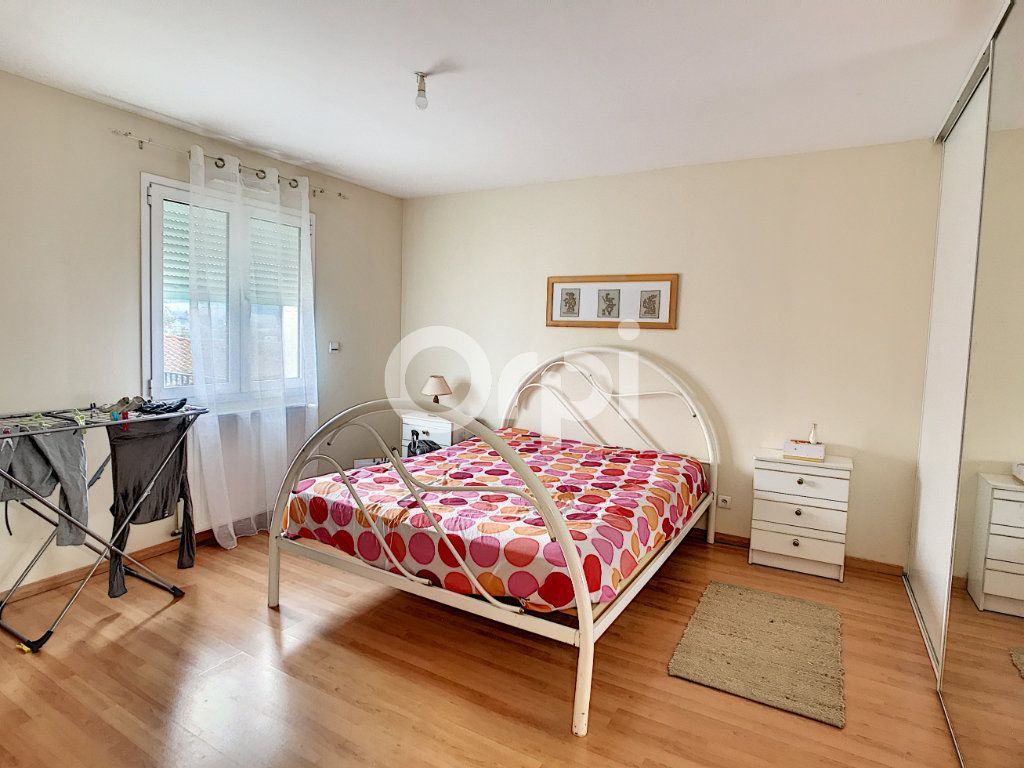 Maison à vendre 9 230m2 à Coulounieix-Chamiers vignette-6