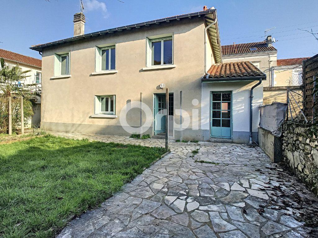 Maison à vendre 6 119m2 à Périgueux vignette-1