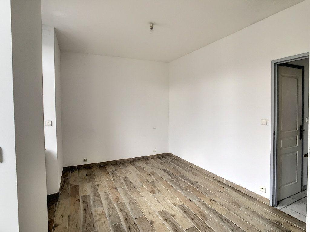 Appartement à louer 2 44.19m2 à Périgueux vignette-1