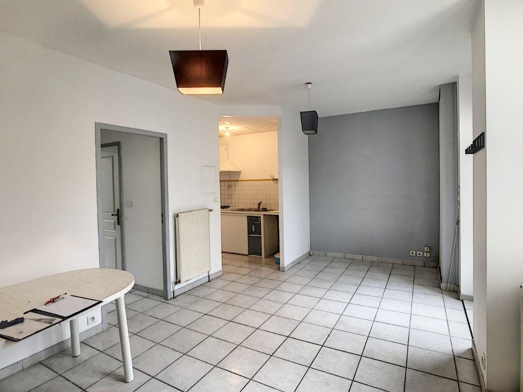 Appartement à louer 2 44.19m2 à Périgueux vignette-3