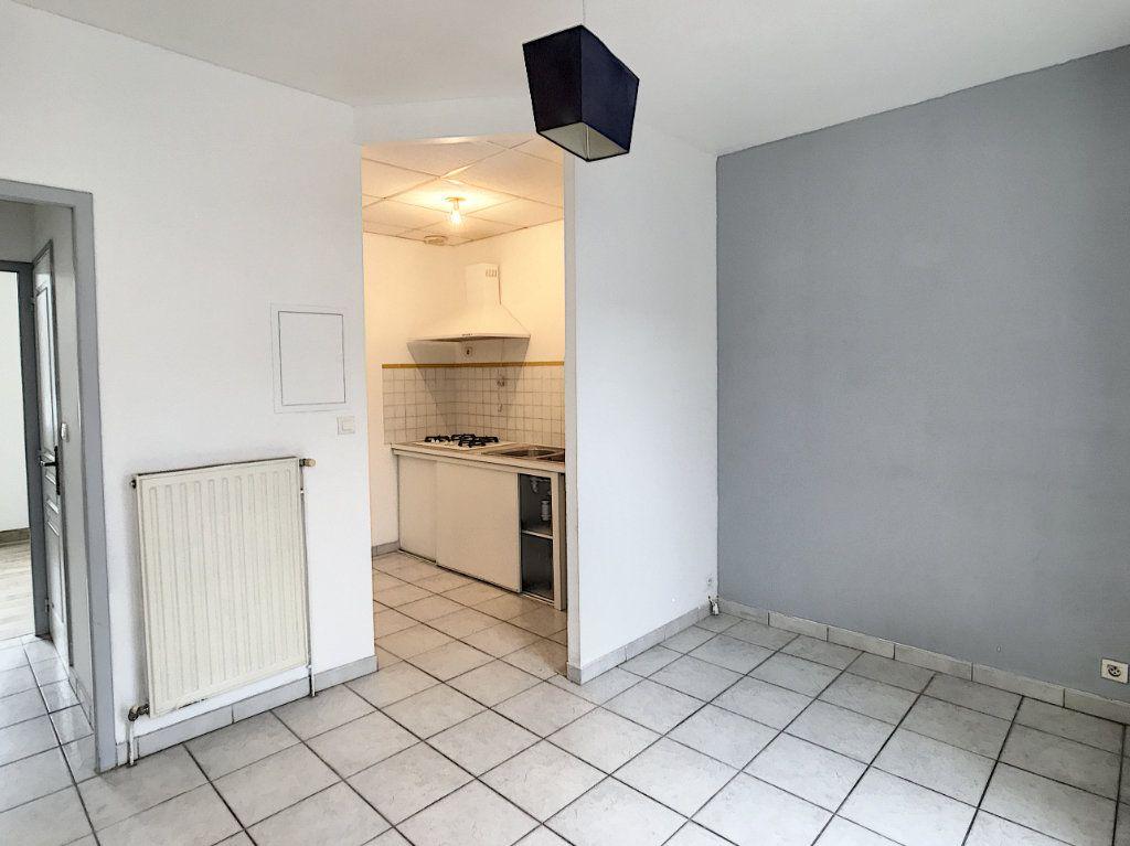 Appartement à louer 2 44.19m2 à Périgueux vignette-5