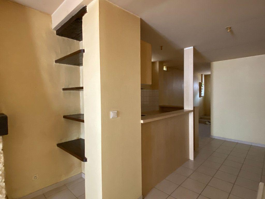 Appartement à louer 2 49m2 à Périgueux vignette-4