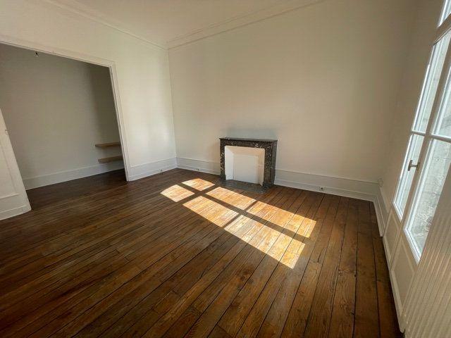 Appartement à vendre 3 70m2 à Périgueux vignette-3
