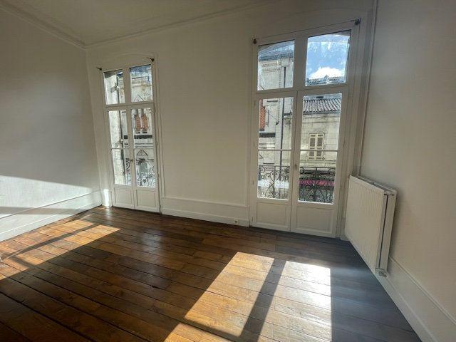 Appartement à vendre 3 70m2 à Périgueux vignette-5