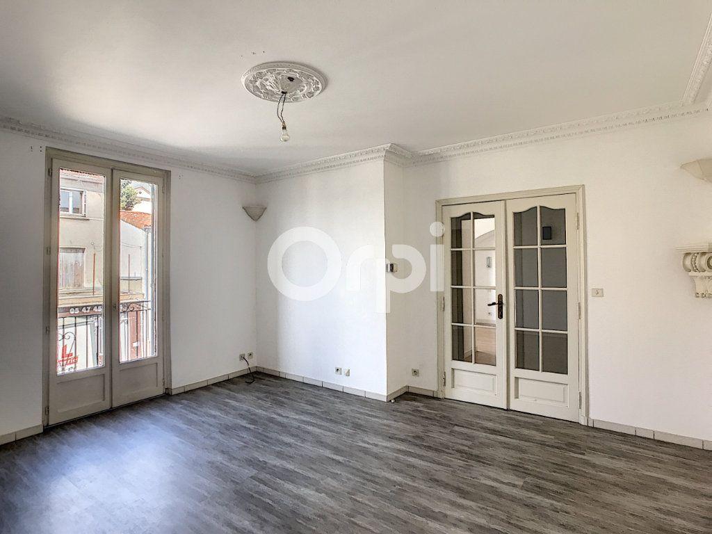 Appartement à louer 4 81m2 à Périgueux vignette-2