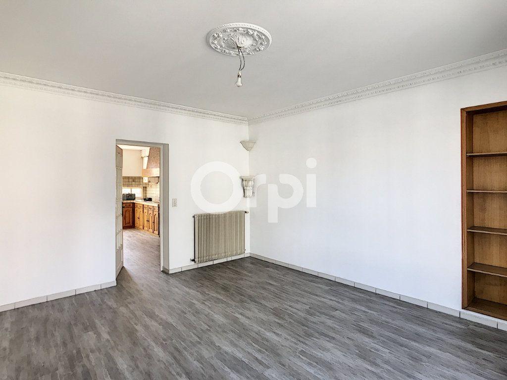 Appartement à louer 4 81m2 à Périgueux vignette-3