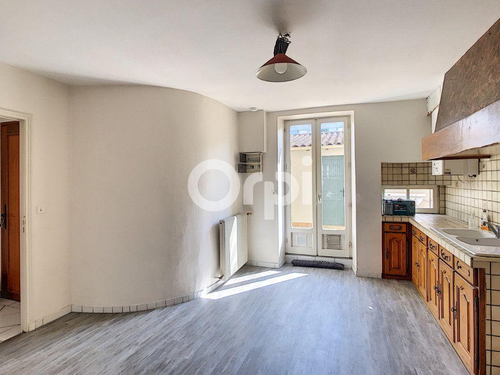 Appartement à louer 4 81m2 à Périgueux vignette-5