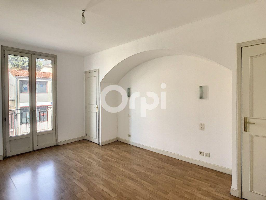 Appartement à louer 4 81m2 à Périgueux vignette-7