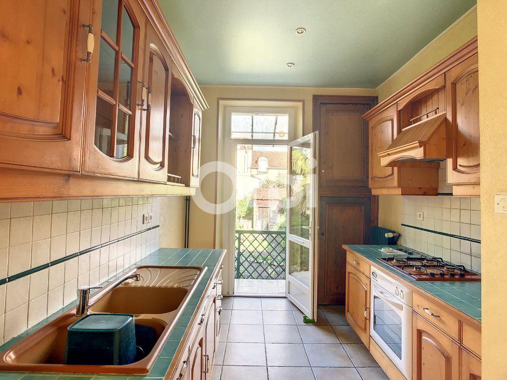 Maison à louer 4 92m2 à Périgueux vignette-5