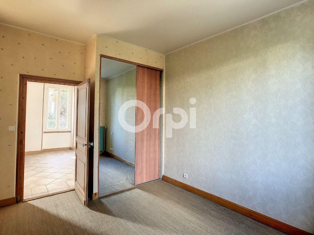 Maison à louer 4 92m2 à Périgueux vignette-6