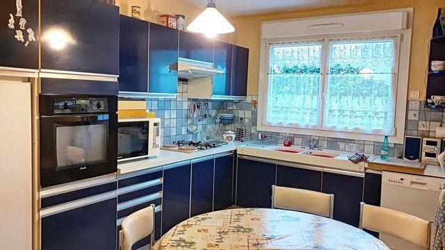 Maison à vendre 7 169m2 à Plescop vignette-3