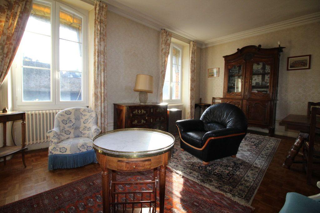 Appartement à vendre 4 100m2 à Vannes vignette-1