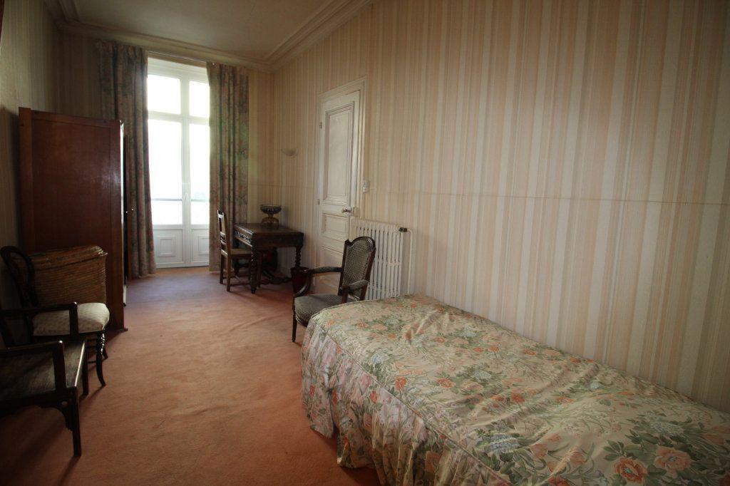 Appartement à vendre 4 100m2 à Vannes vignette-4