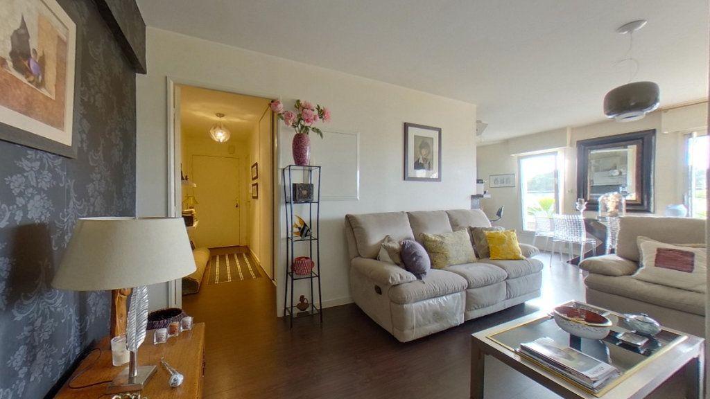 Appartement à vendre 4 80.72m2 à Vannes vignette-2