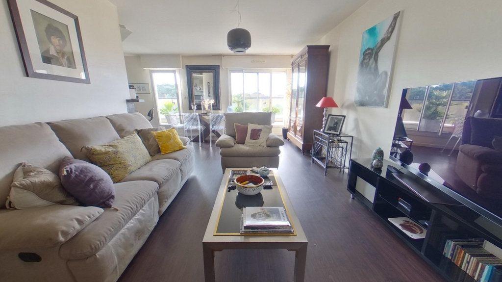 Appartement à vendre 4 80.72m2 à Vannes vignette-4