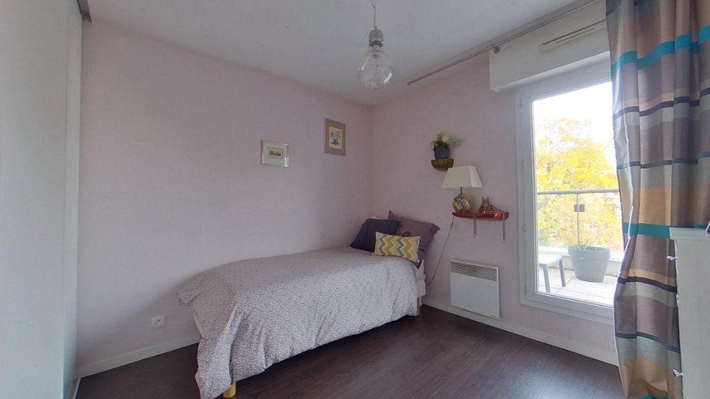 Appartement à vendre 4 80.72m2 à Vannes vignette-6