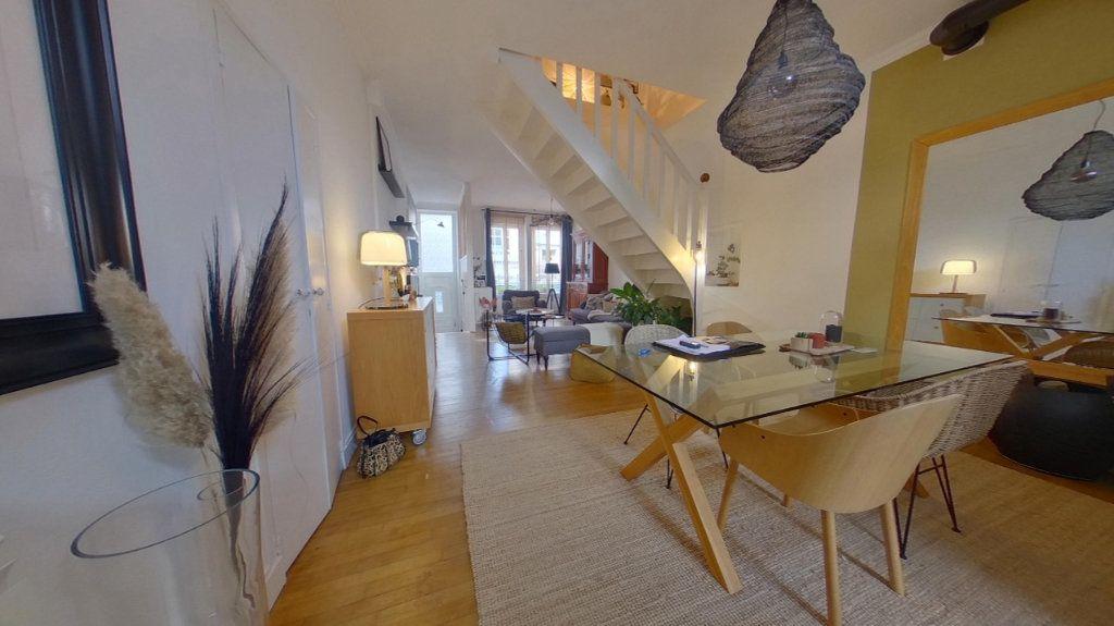 Maison à vendre 6 135m2 à Vannes vignette-2