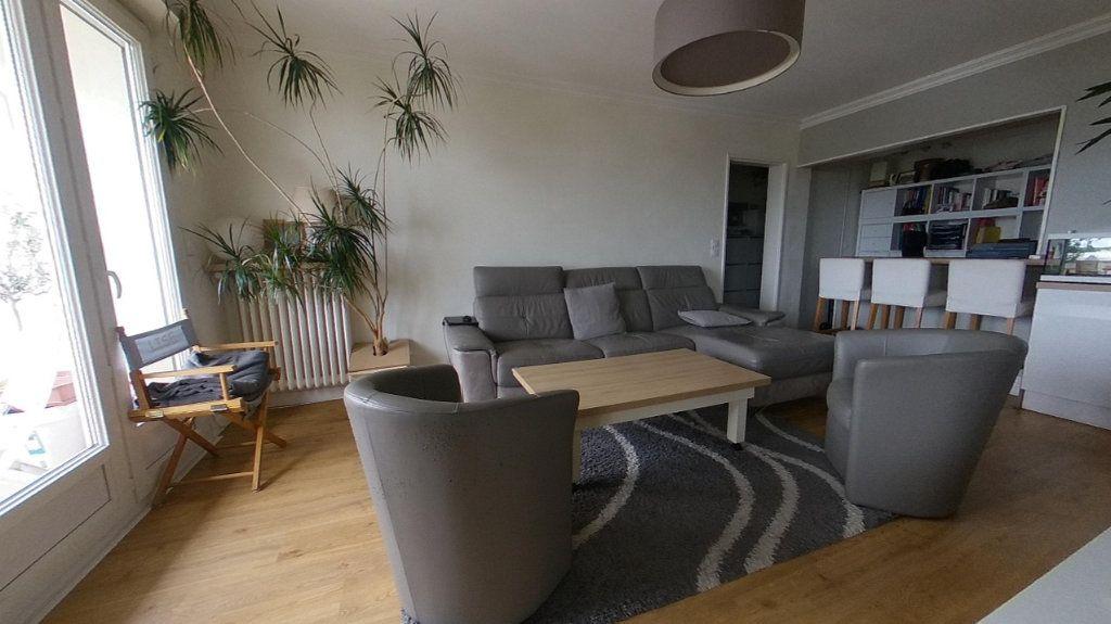 Appartement à vendre 4 85.4m2 à Vannes vignette-1
