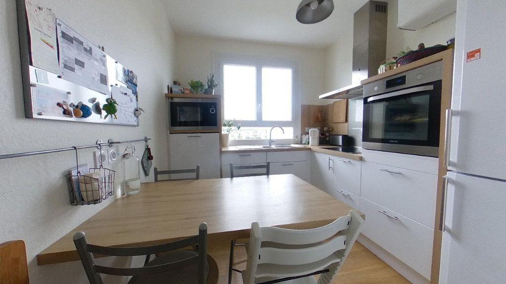 Appartement à vendre 4 85.4m2 à Vannes vignette-4