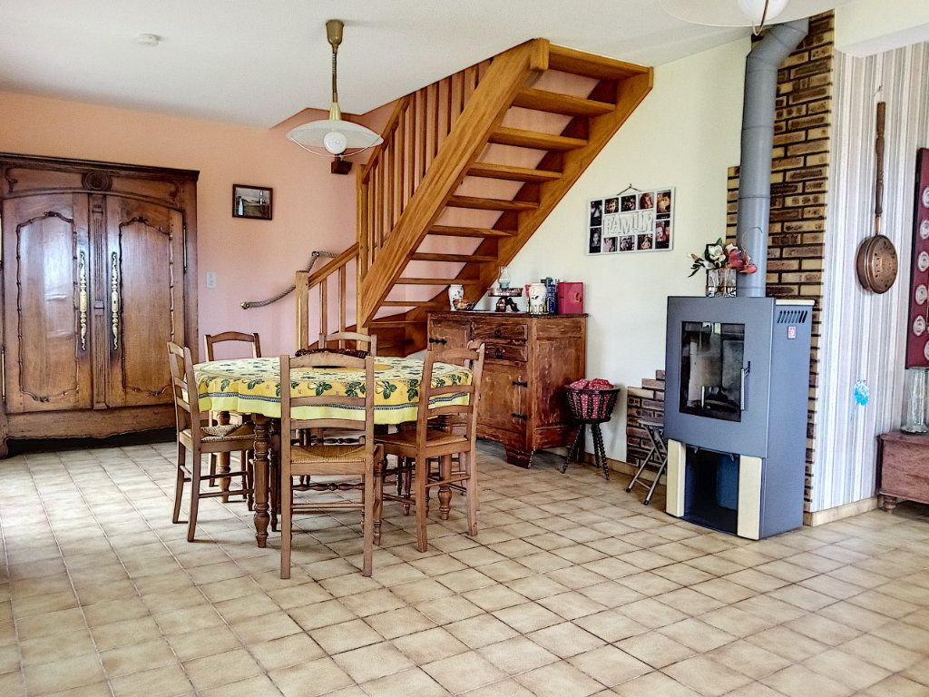 Maison à vendre 4 126.96m2 à Saint-Gildas-de-Rhuys vignette-3