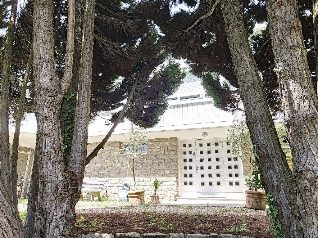 Maison à vendre 9 235m2 à Vannes vignette-2