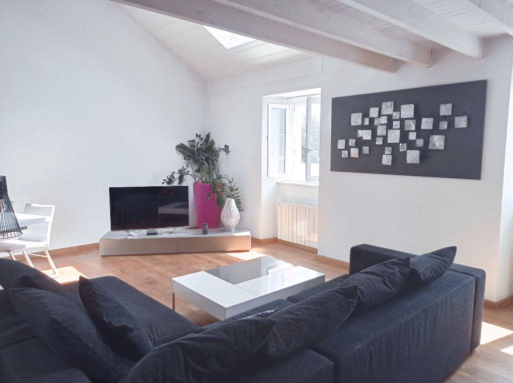 Appartement à vendre 4 70m2 à Vannes vignette-3