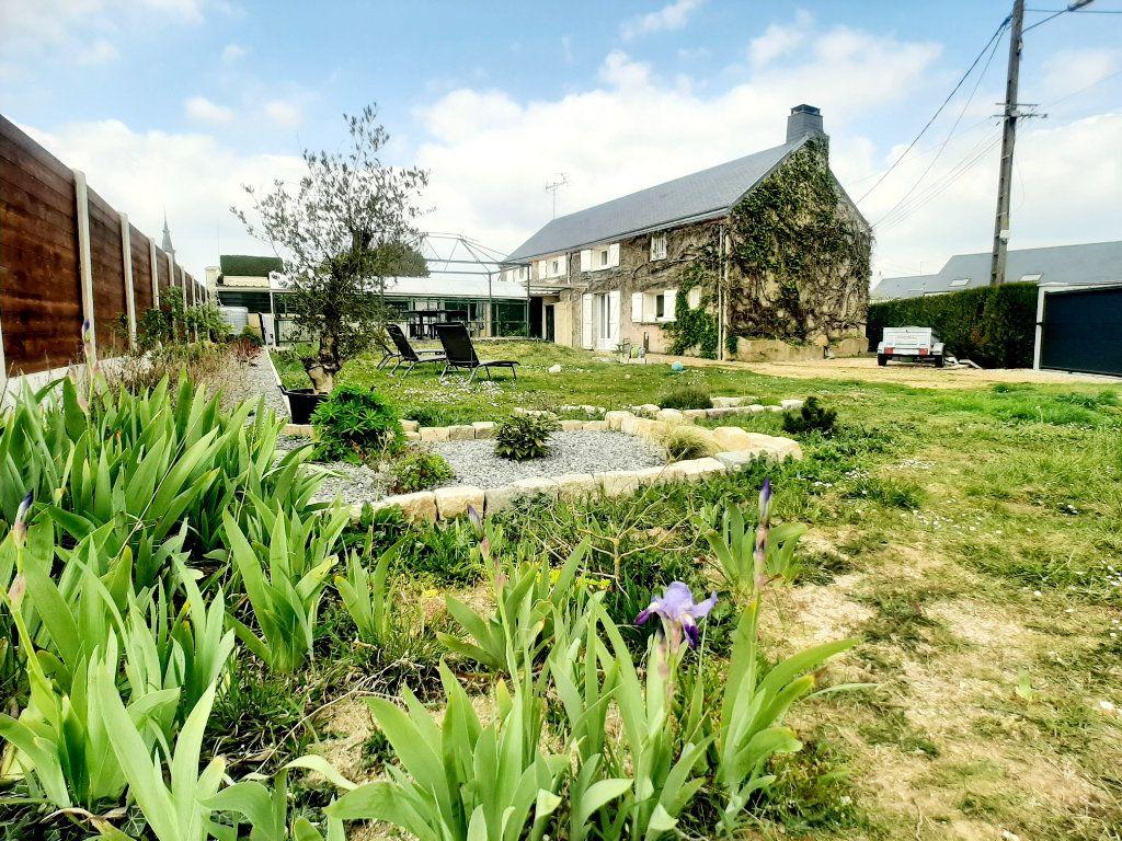Maison à vendre 5 146m2 à Loigny-la-Bataille vignette-1