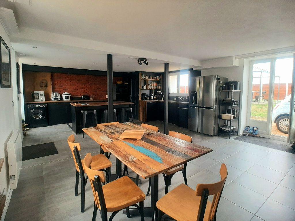 Maison à vendre 5 146m2 à Loigny-la-Bataille vignette-2