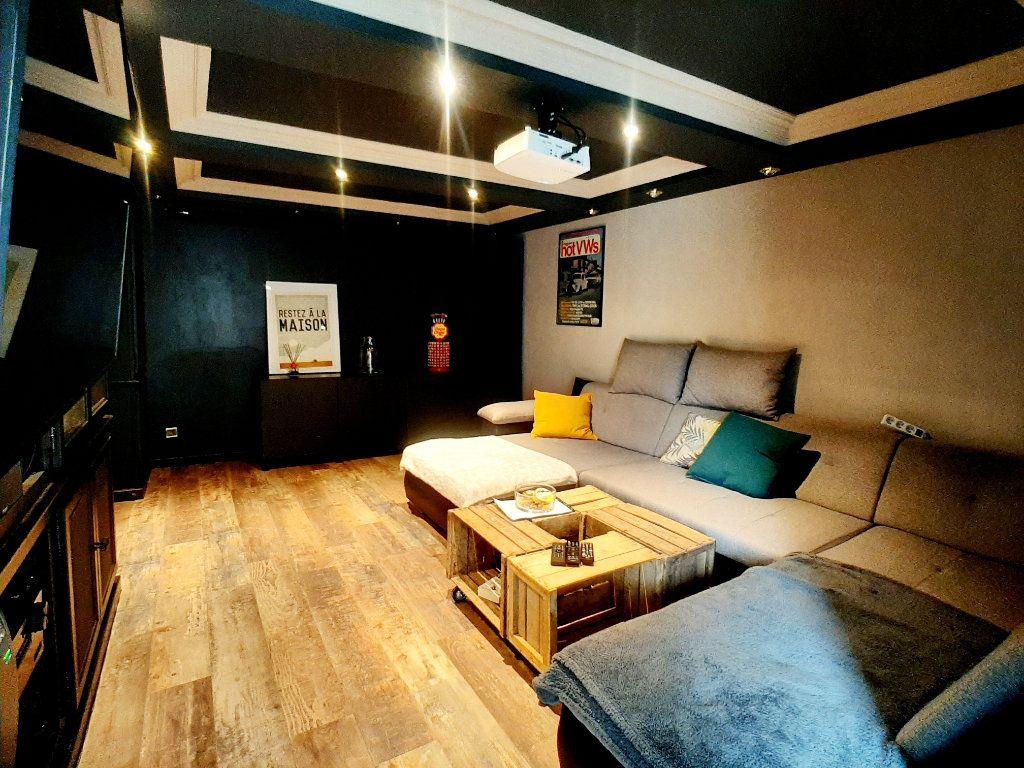 Maison à vendre 5 146m2 à Loigny-la-Bataille vignette-4