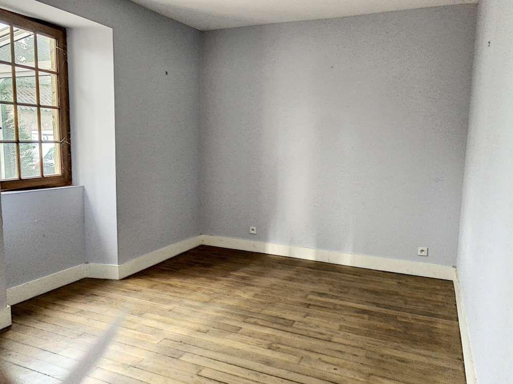 Maison à louer 3 95.63m2 à Bazoches-les-Hautes vignette-9