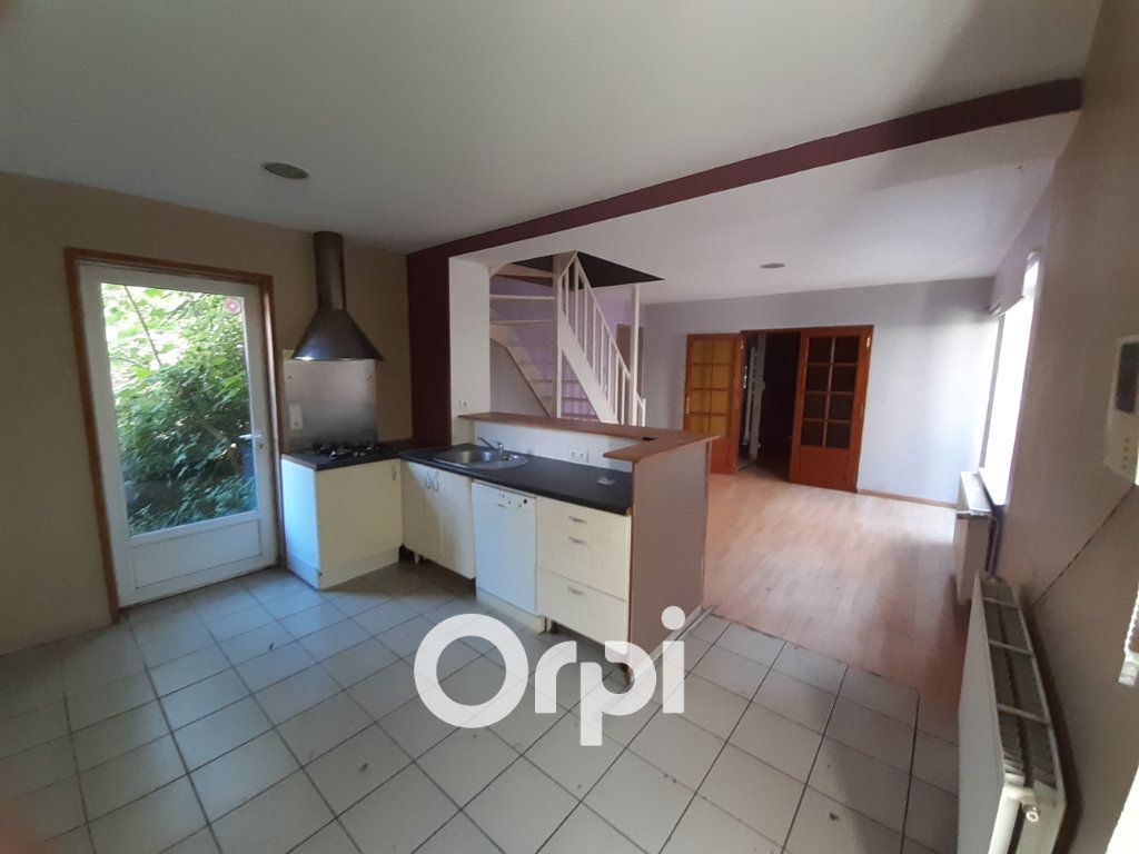 Maison à vendre 18 276m2 à Mortagne-du-Nord vignette-4
